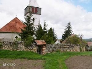 Biserica Moldovenesti