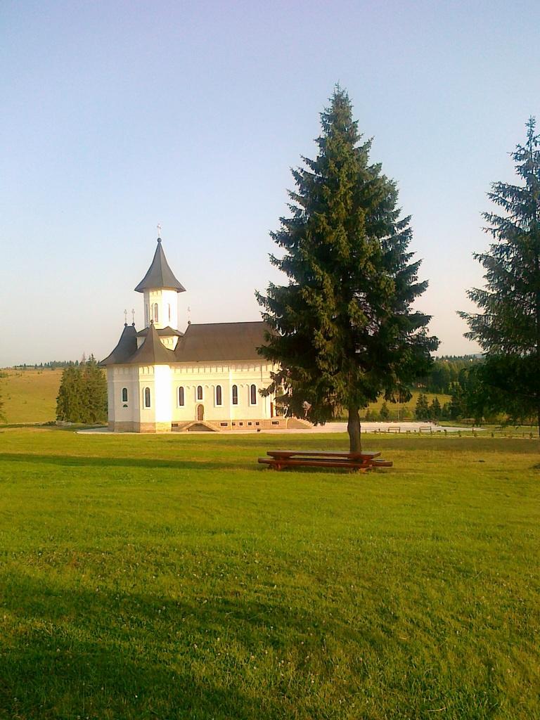 Manastire Transilvania